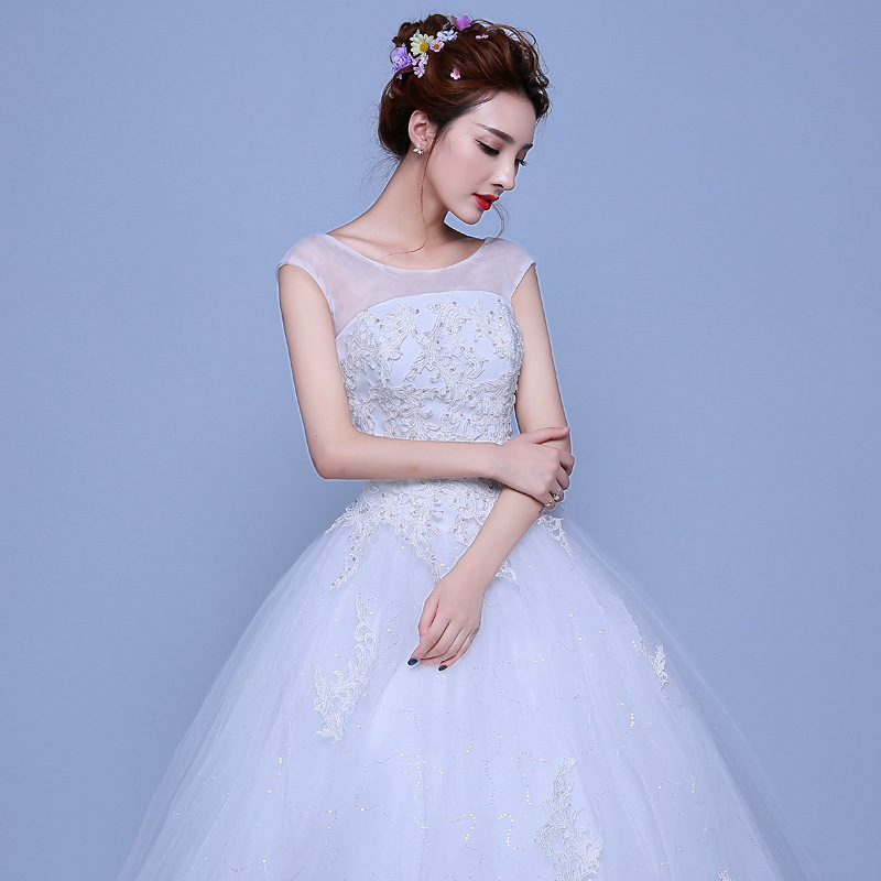 ZH1034G Lace Appliques Button Tulle Satin Best Ball Gowns Classic Wedding Dresses