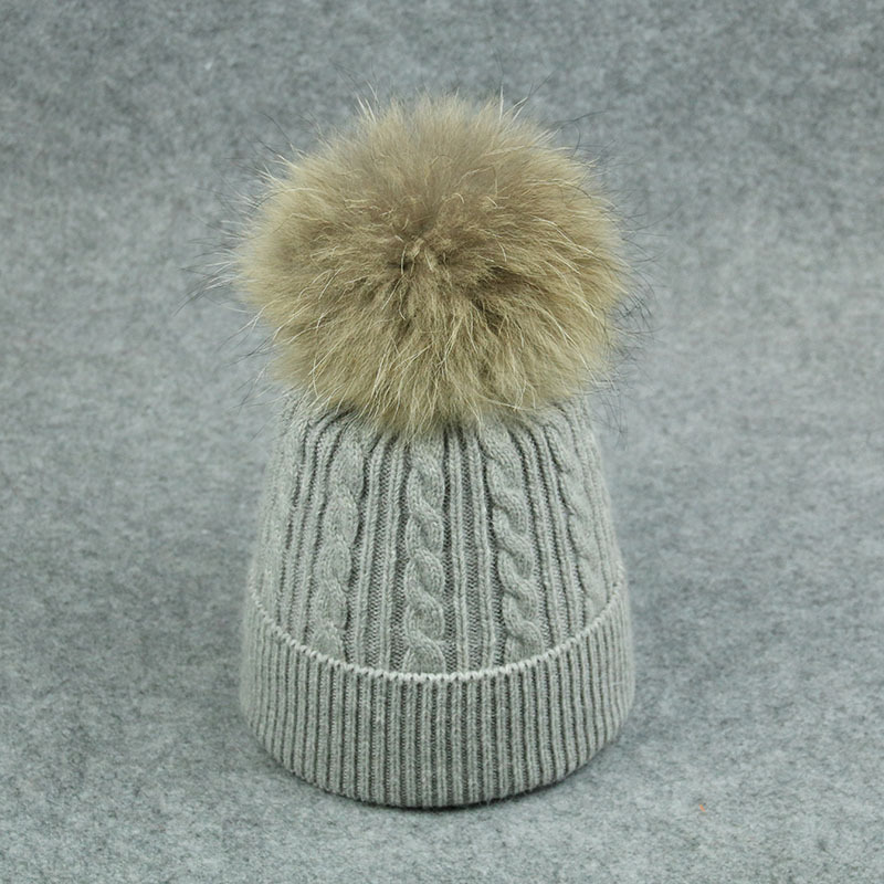 Multi color unique hair accessory beanie Lady cashmere knitted hat with big real raccoon fur ball