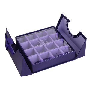 Packaging gift box with ribbon closure chocolate clear pvc window candy boxes