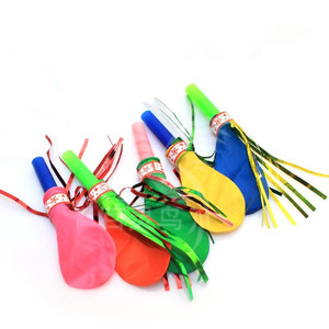 Factory Direct Sale 45MM Gashapon Built-In Toys Small Balloon Gold Wire Whistle Kids Toy