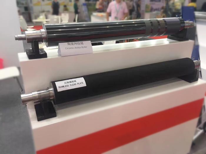 Aangepaste kleverige silicone rubber roller voor industriële machines