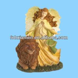 Boyds Resin from Enesco Angel with Lion Figurine