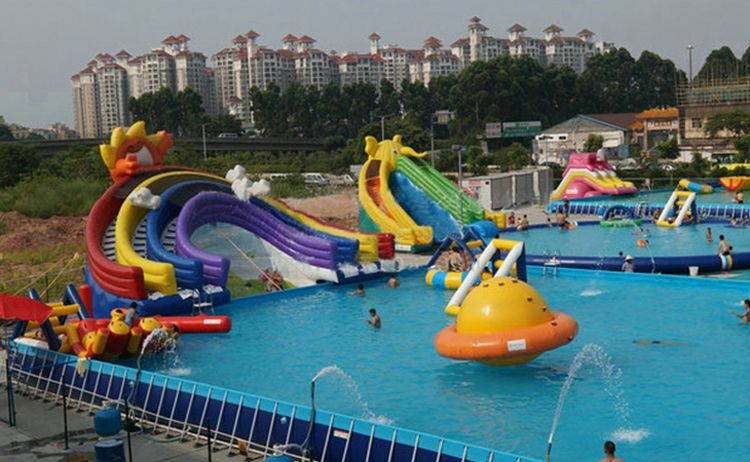 water park inflatable funny playing slide