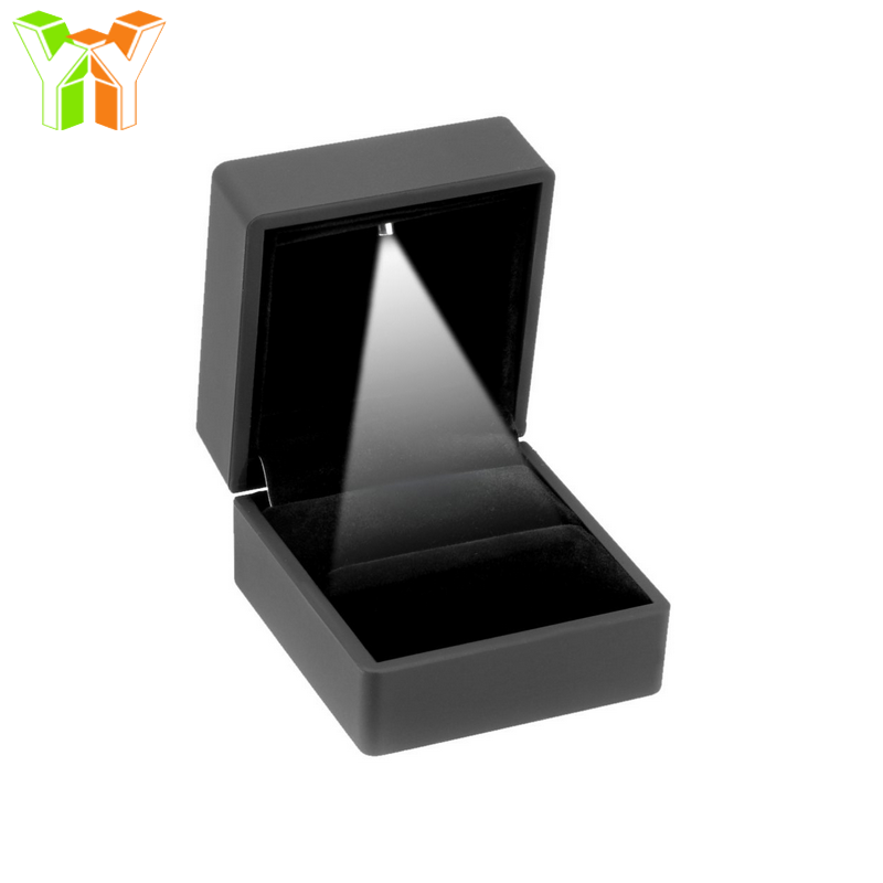 High Quality Engagement Jewellery Box Set & Jewellery Storage Box Velvet with LED Rubber Paint