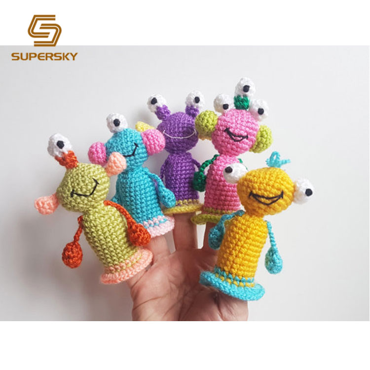 Amigurumi Monsters 2 | 750x750