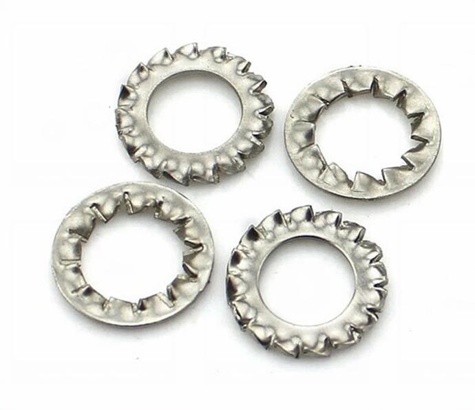 24 x M5 Stainless Steel Shakeproof External Washers Serrated Teeth