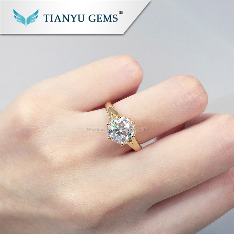 Customized 14k/18k yellow  gold ring 7.5mm round heart&arrow cut moissanite  engagement ring