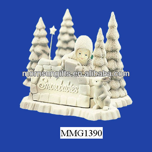 Hot sale new resin white baby snow figurine