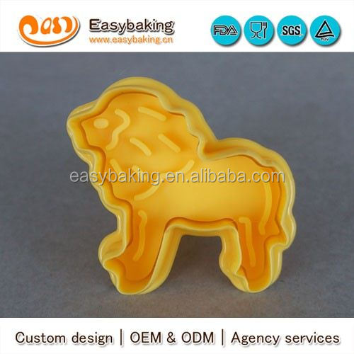 CP-0311 Customized lion Stamp Plastic Cookie Cutter