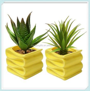 Moderne Decoratif Design Plie Petit Pot En Ceramique Buy Pot En