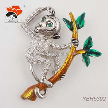 shinny funny crystal monkey animal cheap wholesale brooch with enamel branch