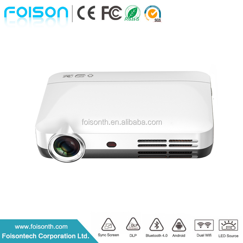 Showy Portable 450 Ansi Lumen 3D 1GB 8GB HD Home Theater Projector Native Resolution 1280x800 Wifi Bluetooth LED Pico Projector