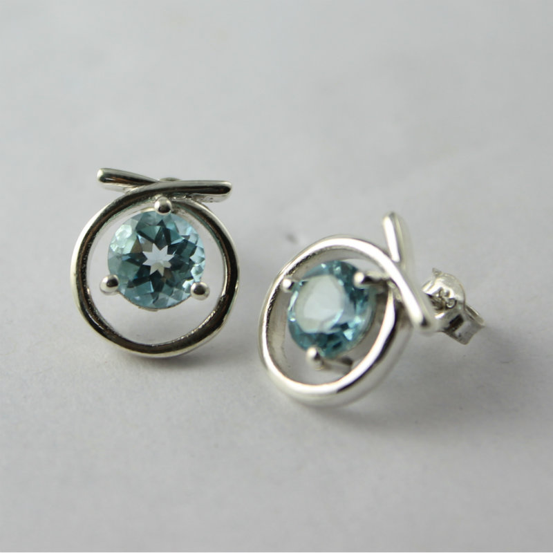 Designer Stud in silver with good quality blue topaz