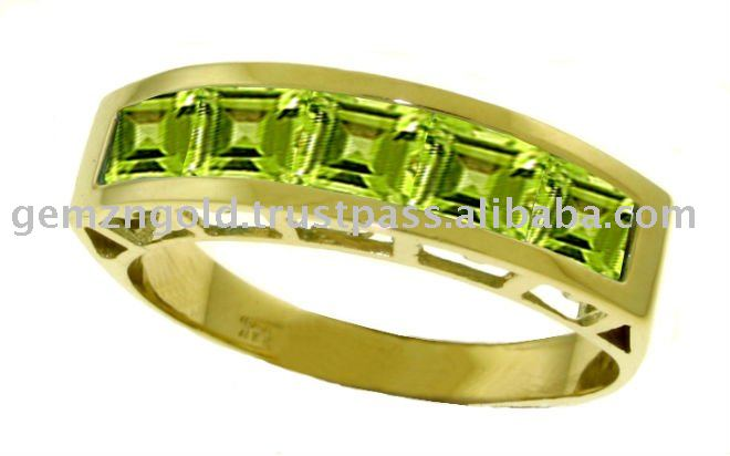 14K. SOLID GOLD RINGS WITH NATURAL PERIDOTS