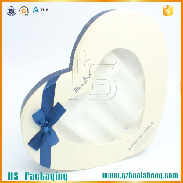 Fancy Sweet Paper Packaging Box With Blue Bow Tie Heart Shaped Gift Box