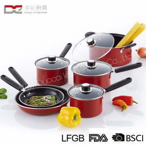 High Quality Factory Direct Offer Colorful Carbon 10Pcs Kitchen Cooking Pot Fry Pan Cookware Set With Tempered Glass Cover
