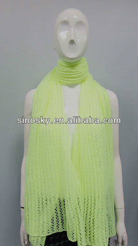 2013 fashion scarves and shawls