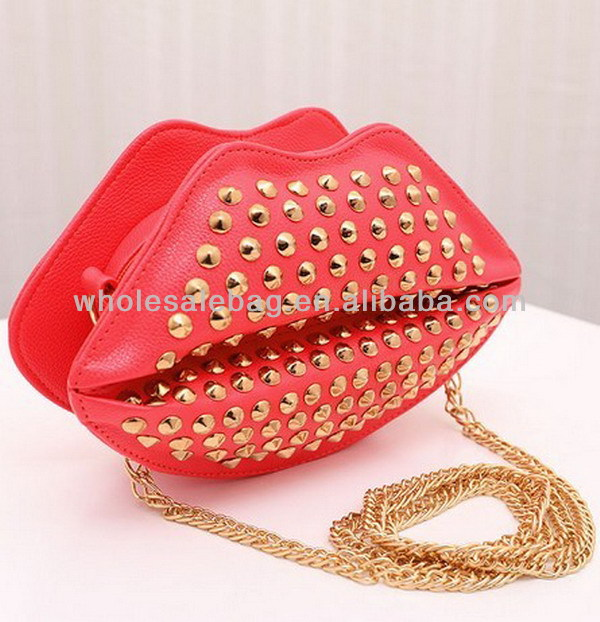 Long Chain Sling Bag Lips Bag Lip Shape Bag For Girls Woman Ladies ...