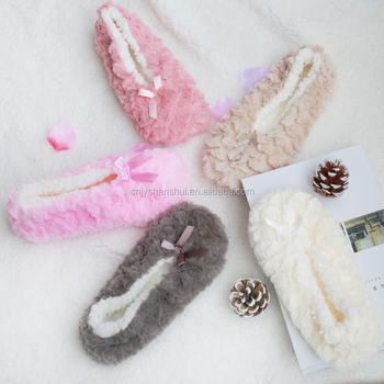 $1 dollar 2017 winter fuzzy sherpa lined home indoor slipper socks for ladies