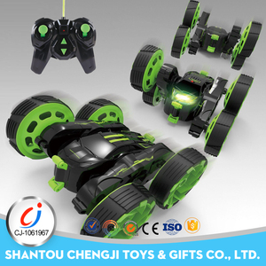 New green 360 degree remote control battery operated mini stunt car