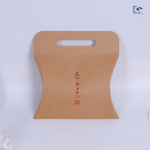 Kraft paper envelope T shirt paper pillow box with die cut handle