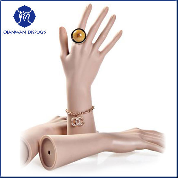High Fashion Promotion Decorative Articulated Plastic Hand Mannequin