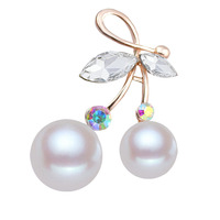 Pearl cherry crystal brooch for women's suit cardigan accessories