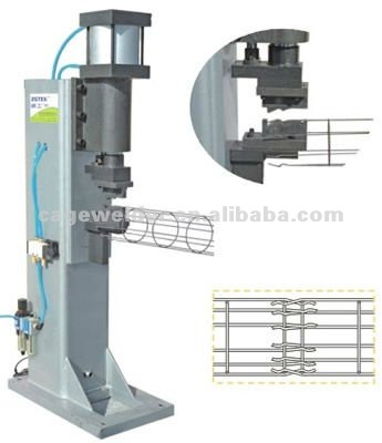 Wire bending machine for filter cage