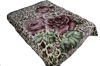 New design blanket and 7 PC bedding sets with floor mat.