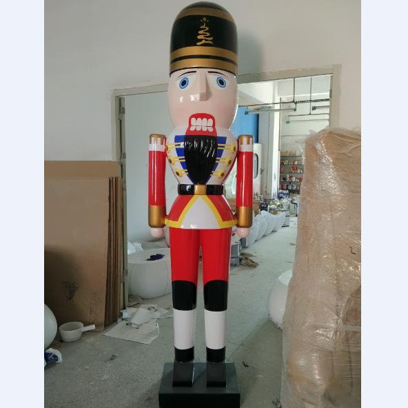 giant outdoor fiberglass nutcracker soldier for christmas decoration buy fiberglass soldier nutcrackerchristmas nutcracker soldier decorationgiant
