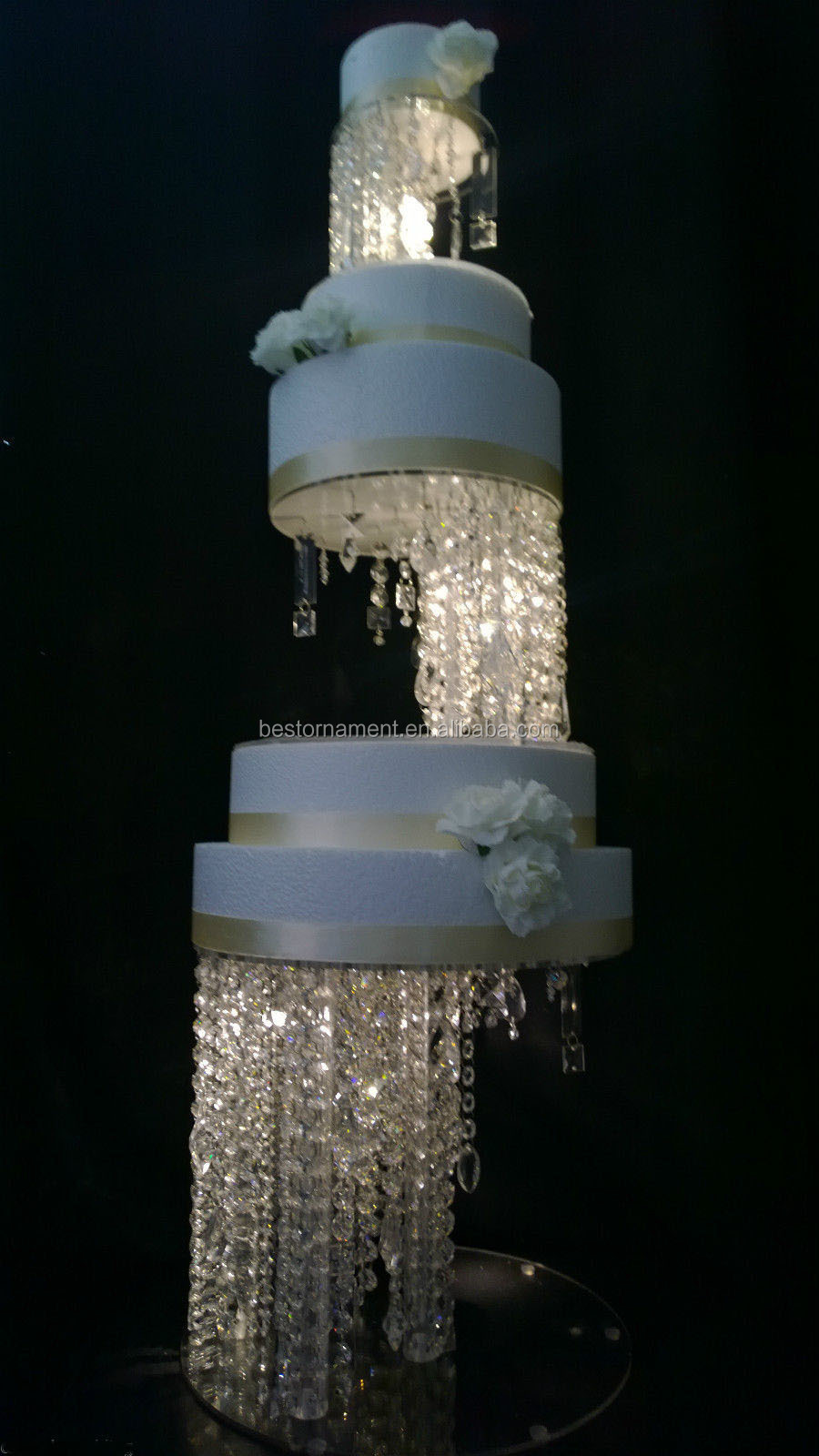 wedding cake stand with hanging crystals real crystals chandelier cake stands buy 25684