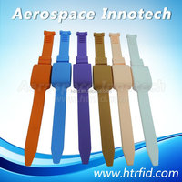 2.4Ghz Active tag water-proof wristband RFID transponder for Kids