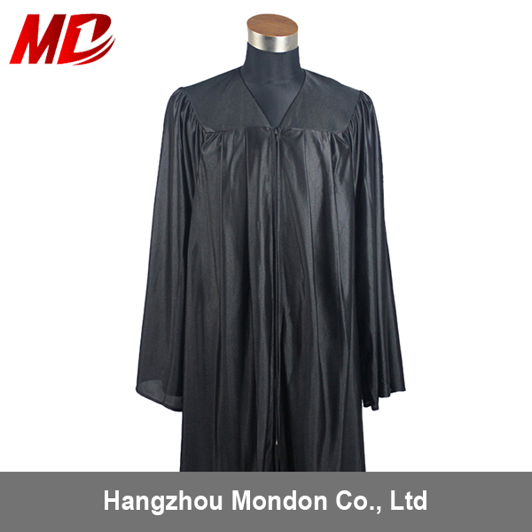 graduation gown shiny5.jpg