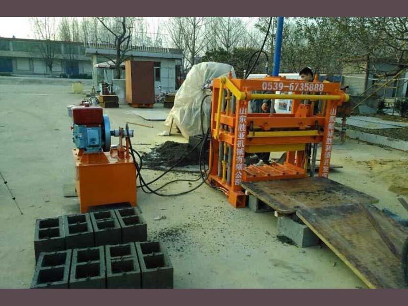 china small cheap building block making machine cinder