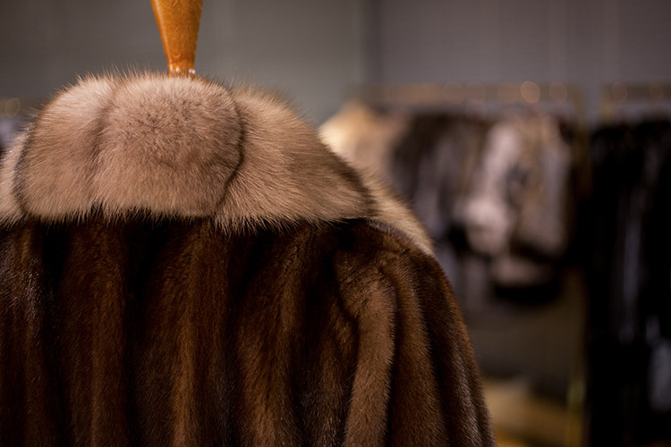 Long Luxury Black Mink Fur Coat with Sable Fur Trim Coat