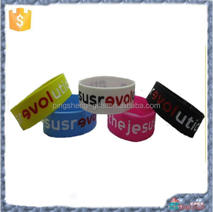 Promotional cheap custom t Silicon bracelet