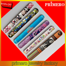 PRIMERO Factory Trialsale 1pcs Hotsale Mixed Style Cartoon Slap Bracelet Promotional Snap wrap toy bangle fast delivery