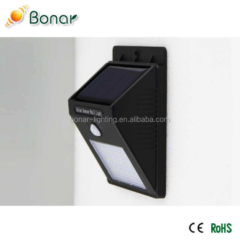 Hot Selling CE Qualified Solar Courtyard Wall Light