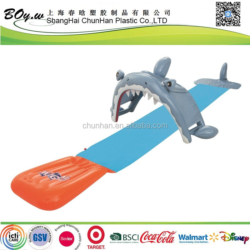 fashion factory eco-friendly racing holiday play games toy single kids Water splash pvc Shark Attack Slider
