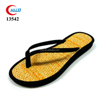 summer use pu strap lady bamboo flip flops slippers
