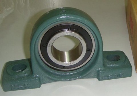 china supplier tractor pillow block bearings UC212
