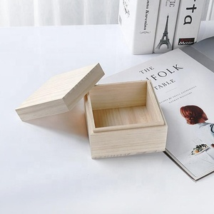 Natural color small wooden box with lid for crayon pencil packaging