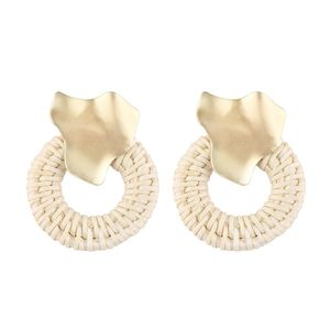 The New Arrival Ladies Fashion Retro Alloy Circle Bamboo Woven Earrings