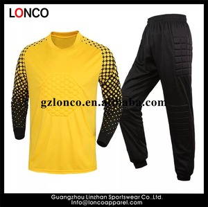 cheap wholesale men suit soccer goalie t shirt,goalie equipment, goal keeper uniform set