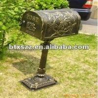 cast aluminium mailbox with post