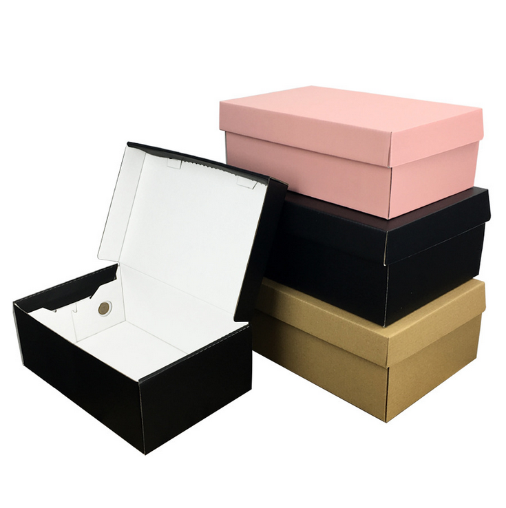 Custom Luxury Cardboard embossing black/white thickened women's shoe box packaging with handle