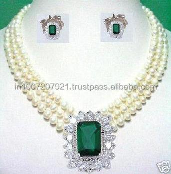 250ct real natural diamond pendant set in 18k white gold with 250ct real natural diamond pendant set in 18k white gold with pearl chain mozeypictures Gallery