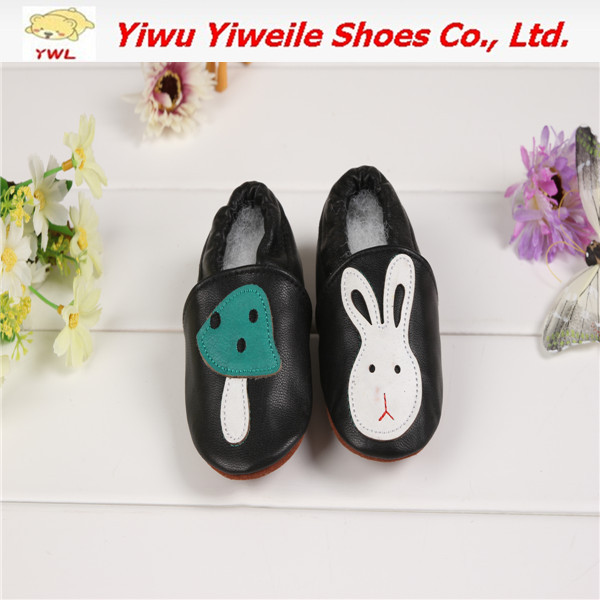 2014 sexy shoe fancy baby shoes barefoot walking nurse hospital shoes