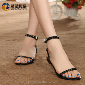 2018 New Model Women Crystal Shoes Plastic Shoes Jelly Flat Sandals