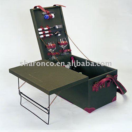 luxe en bois panier pique nique pour 2 personnes. Black Bedroom Furniture Sets. Home Design Ideas